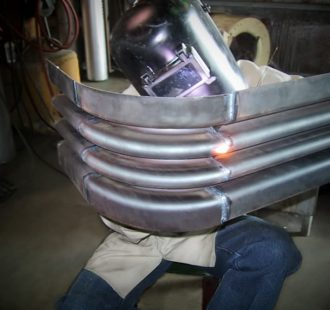 Round corner boiler casing expansion joint